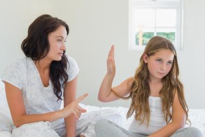 13 Τρόποι για να Προάγετε την Αυτοεκτίμηση της Κόρης Σας